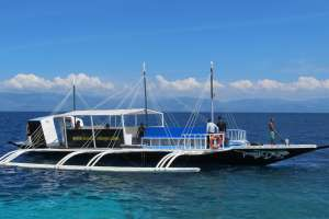 Dive Resort Moalboal Dive Boat